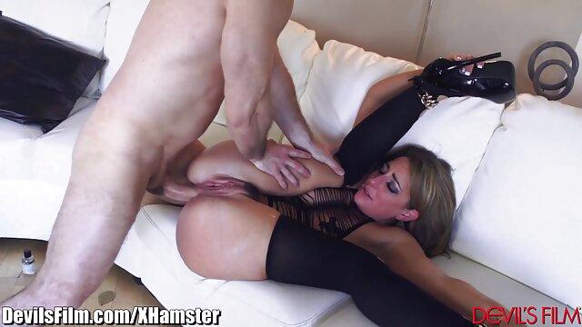 XXX sem registo  Temido Idiota videos desenhos eroticos usa a boca para trabalhar num membro de companheiros insaciáveis.
